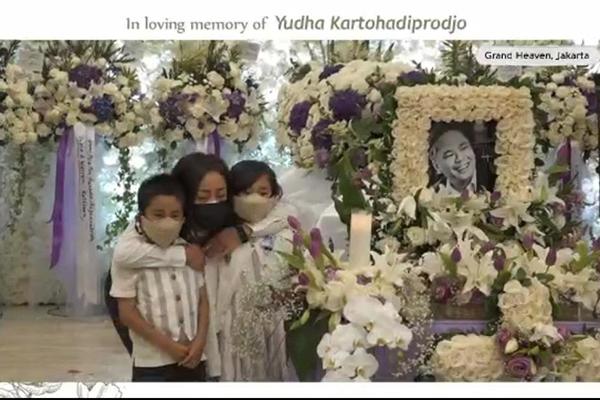 Surat Cinta untuk Yudha Kartohadiprodjo