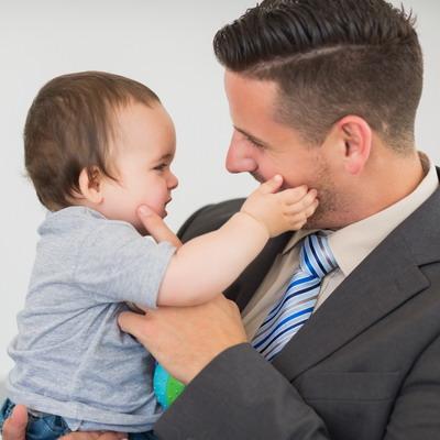 4 Manfaat Kebijakan Cuti Ayah untuk Keluarga