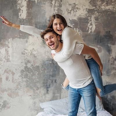 Ciptakan Hubungan Suami-Istri Layaknya Sahabat