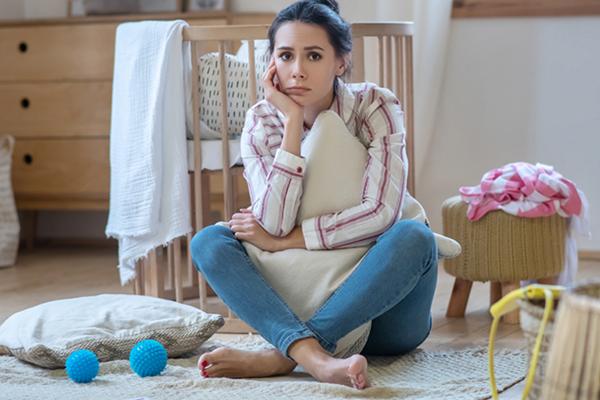 Ibu Sering Merasa Terisolasi, Ini 6 Langkah Mengatasinya