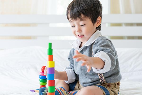 Anak Terlihat Sulit Fokus? Ketahui Rentang Perhatian Balita Sesuai Usia