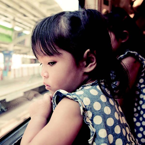 Mengajak Anak Naik Commuterline
