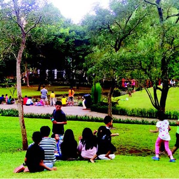 Area Taman Untuk Anak Bermain di Jagakarsa