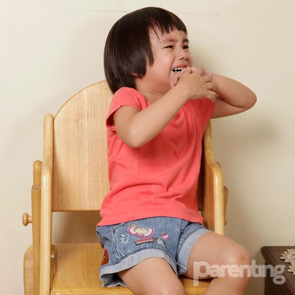 Bila Anak Suka Memukul Tembok
