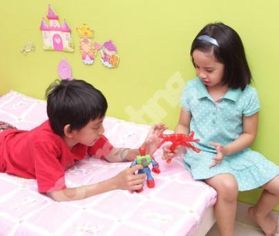Anak Perempuan Suka Mainan Laki Laki