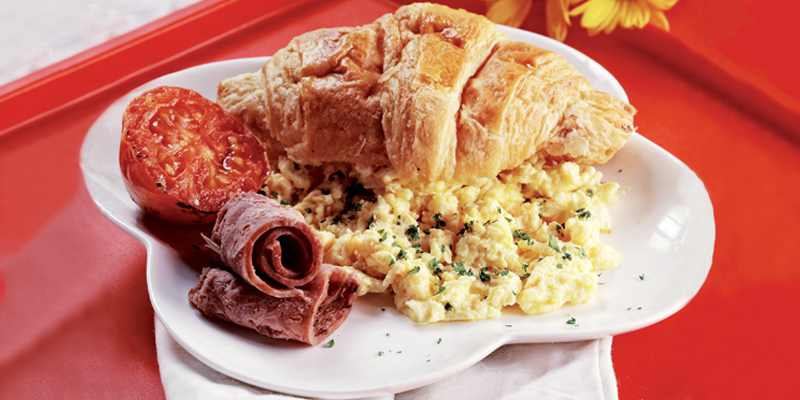 Menu Sahur - Scrambled Egg Croissant : AmeliaCatering.net